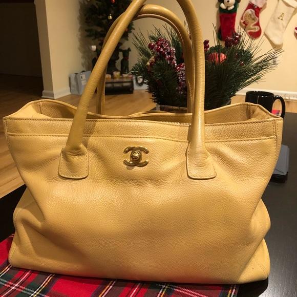 8961e26b55e84e CHANEL Handbags - Authentic Chanel Cerf Executive Tote 👜